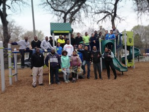 Murray Park Clean Up&nbsp;<br/><br/><span style='font-size: .7em; color: #868686; font-weight: bold;'>April 2014 | Chicago</span>