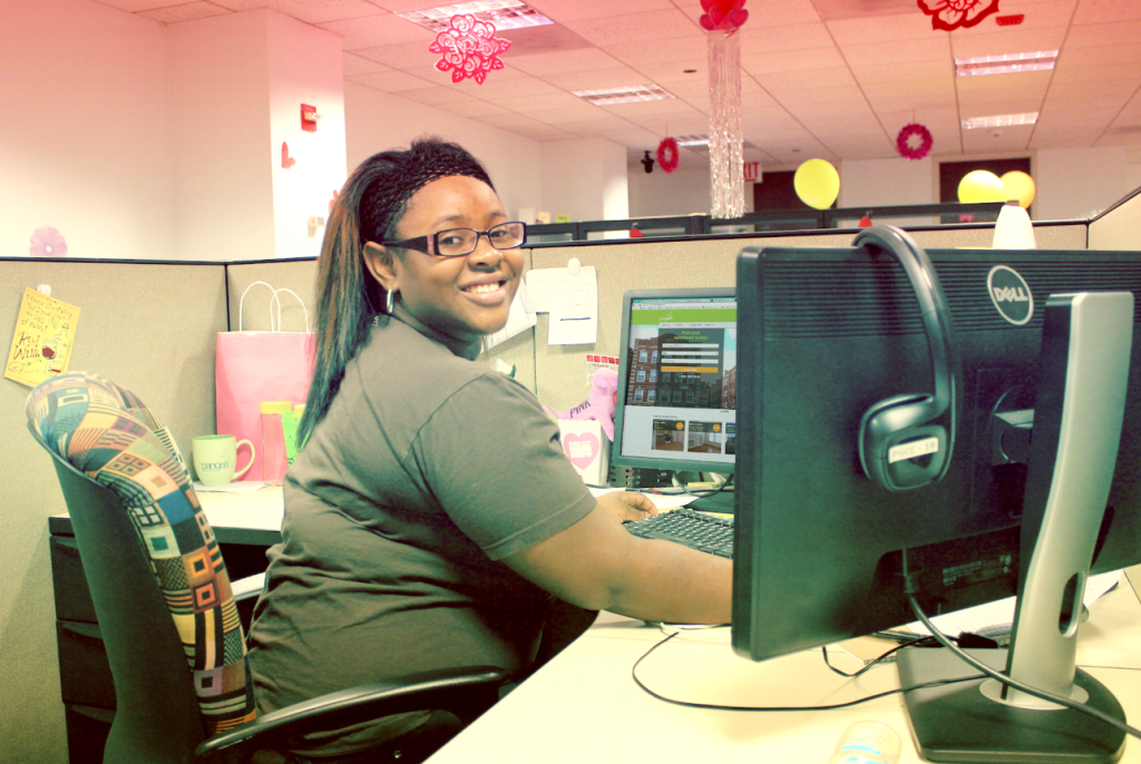 2014 Mentee Navada researches Pangea's website&nbsp;<br/><br/><span style='font-size: .7em; color: #868686; font-weight: bold;'>January 2015 | Contact Center</span>